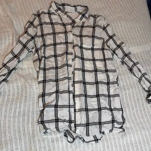 black and white button up flannel shirt